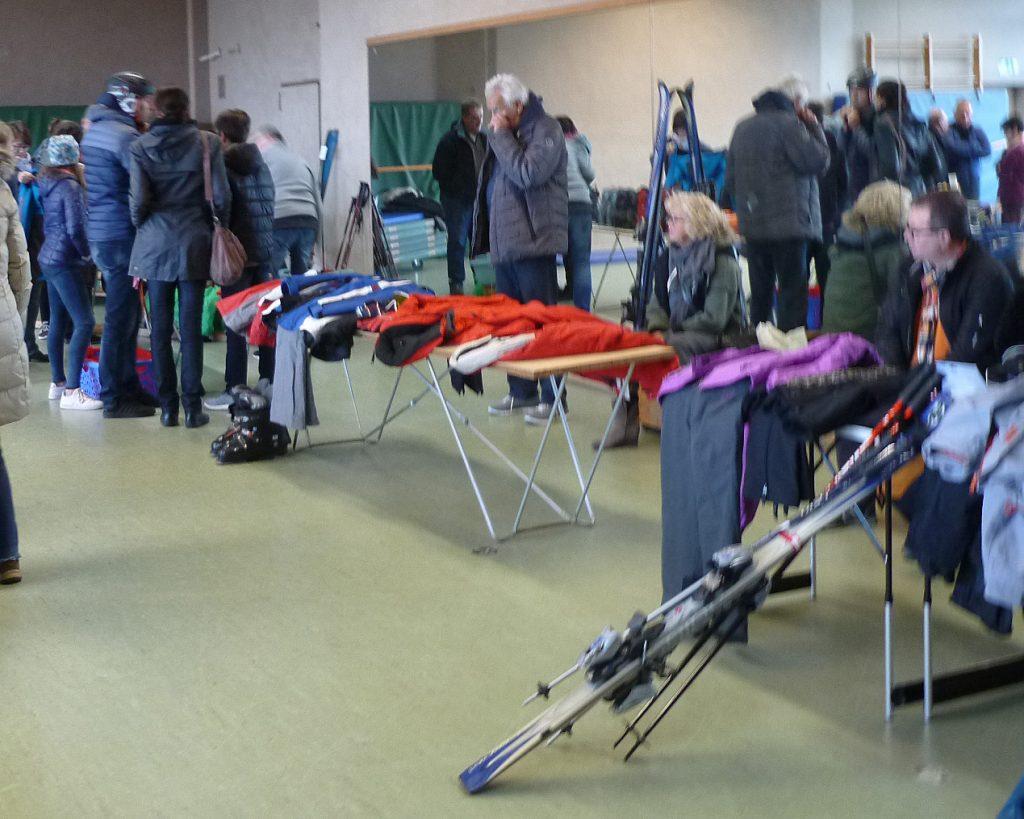 Reges Treiben beim Ski- und Sportartikelbasar 2018